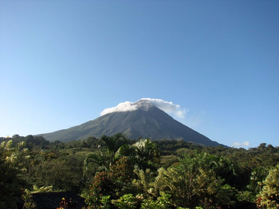 Arenal (Active Volcano)